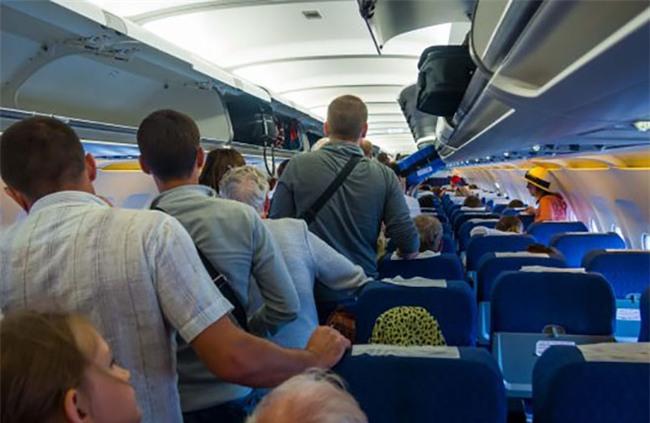 Các nguyên tắc giúp bạn lịch sự hơn lúc mà đi máy bay