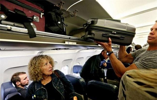 Các nguyên tắc giúp hành khách lịch sự hơn lúc đi máy bay