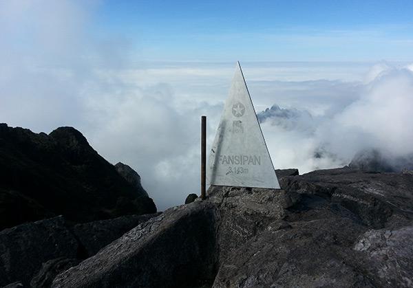 Kĩ năng nào để chinh phục đỉnh Phan Xi Păng, vươn tới nóc nhà Việt Nam