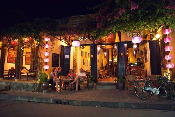 Các quán cà phê cổ kính thực sự đẹp tại phố cổ Hội An
